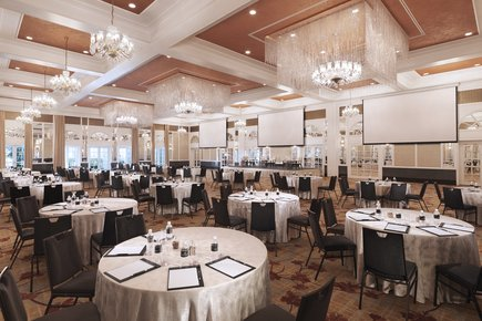 InterContinental Singapore Grand Ballroom Cluster Meeting Setup