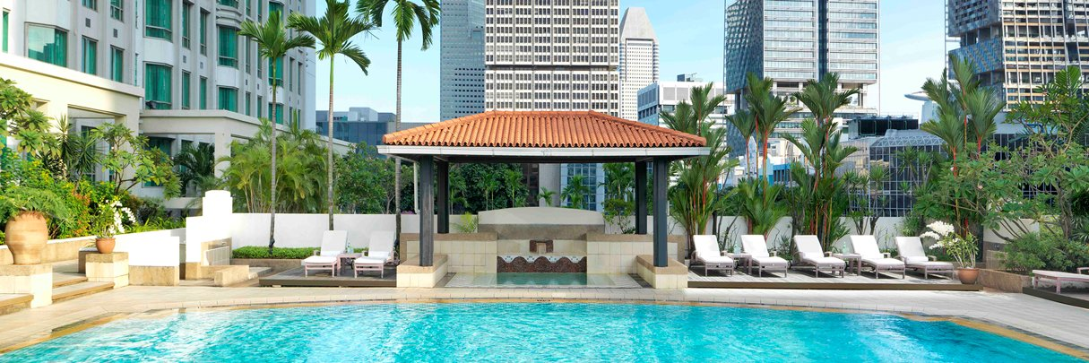 InterContinental Singapore Hotel Rooftop Swimming Pool