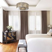 Beautifully designed, the Club Heritage Rooms feature an authentic shophouse decor with a soothing c
