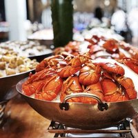 Indulge in luscious seafood on ice at Sunday Champagne Brunch. Make reservations at http://ashandelm