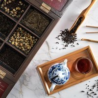 Complement your meal with premium chinese tea. We offer a sophisticated selection of teas that nouri