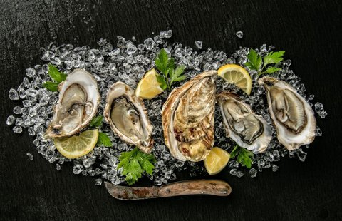 brunch-de-luxe-oysters