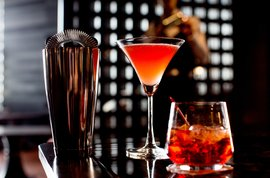 InterContinental Singapore Victoria Bar Cocktails Drinks
