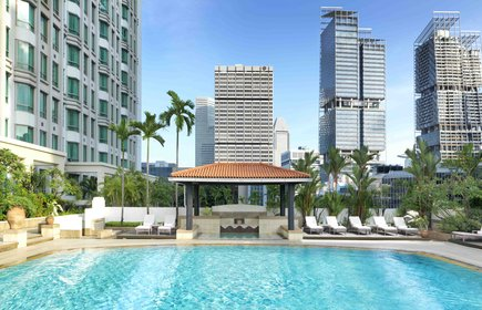InterContinental Singapore Rooftop Swimming Pool